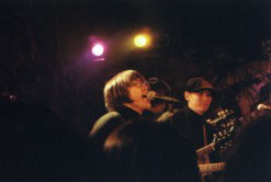 12.11.99 live at Fandnago, Yellow Dogs